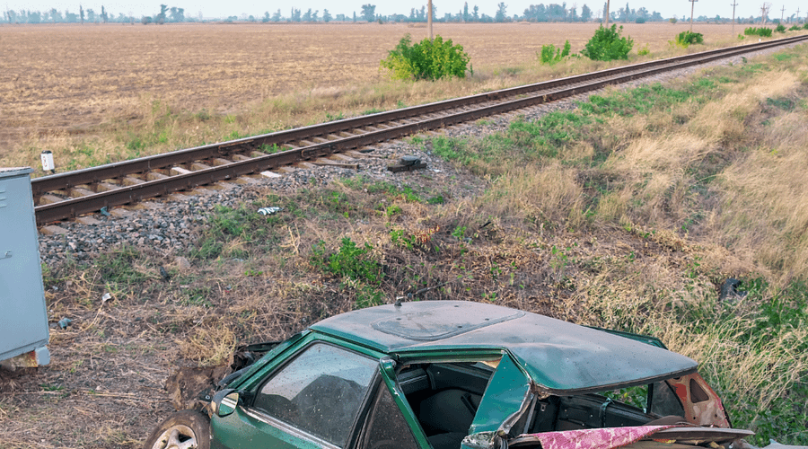Woman and her baby die in a car-train accident near Frostproof